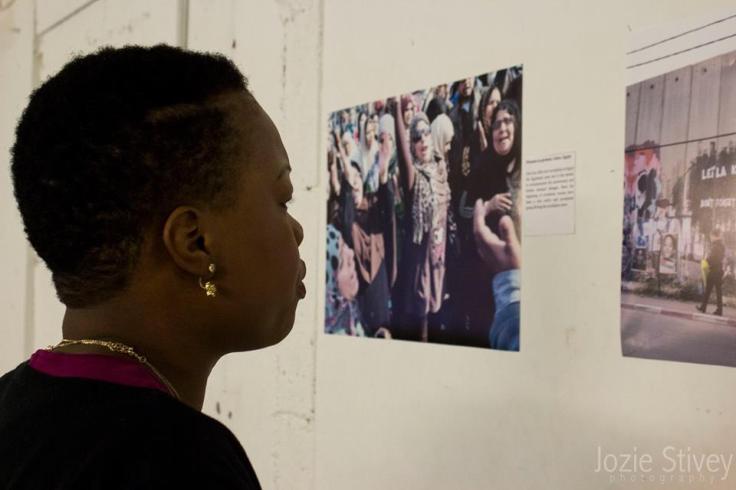 photo-exhibition-dismantling-single-stories